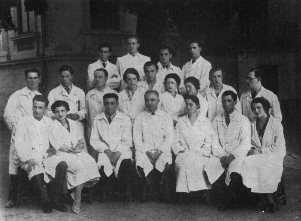 Gr. T. Popa si colaboratorii